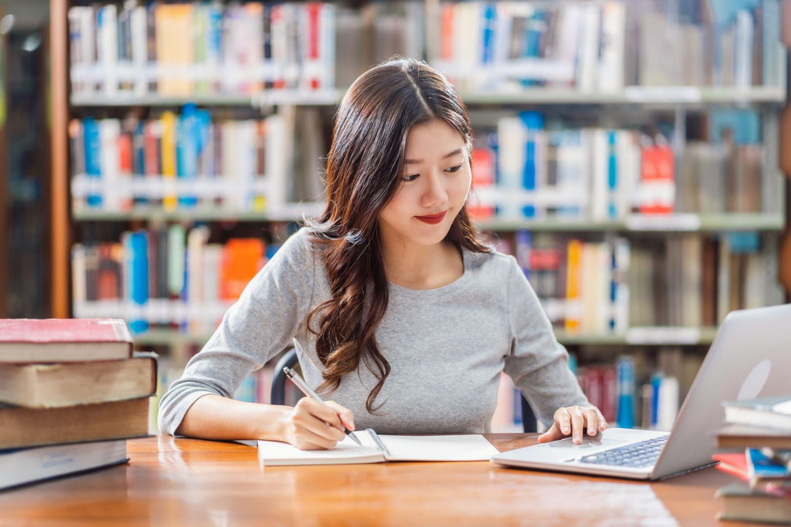Hướng dẫn học bài trên hệ thống Online